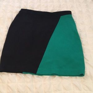 Black and green pencil skirt with stretch